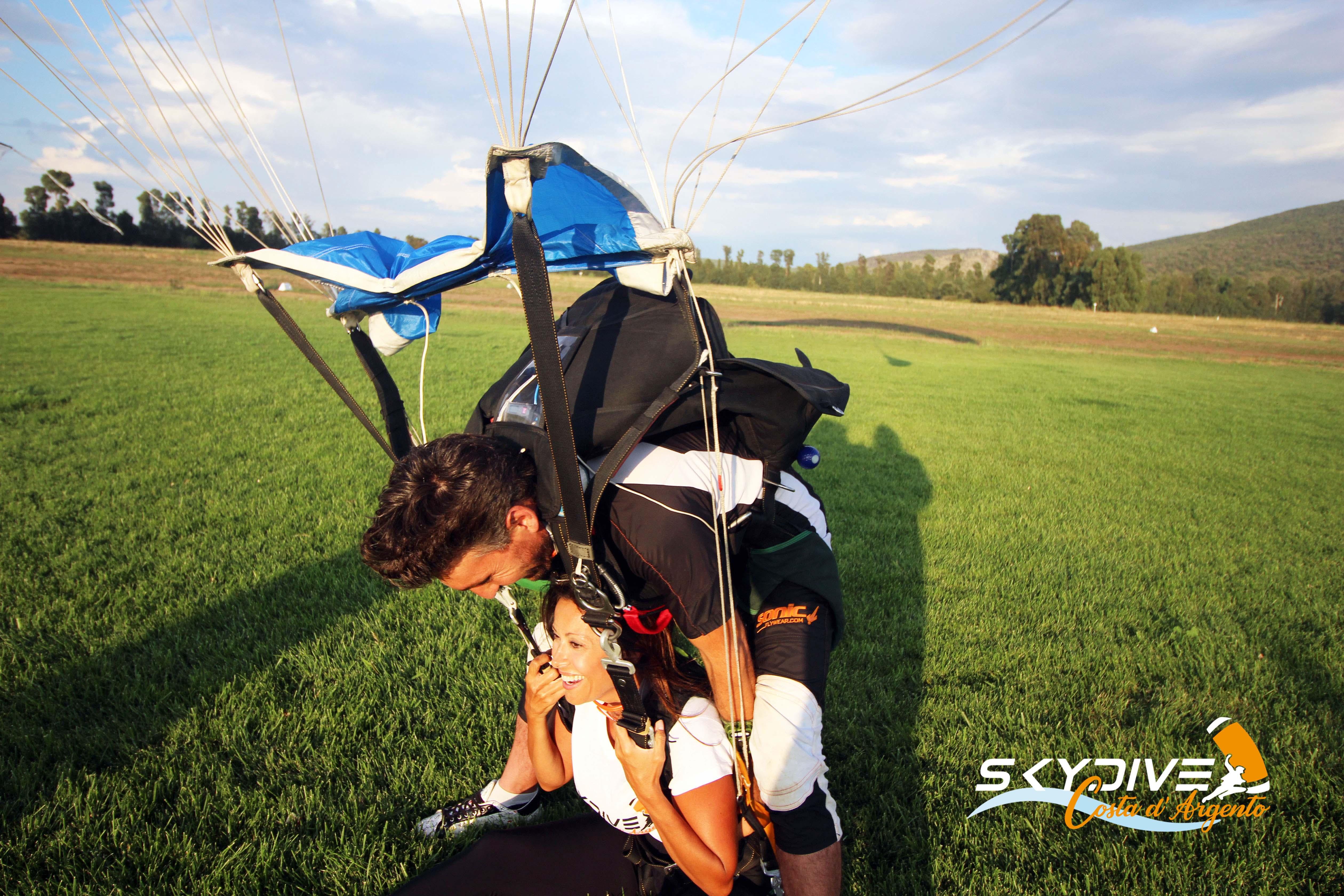 Lanci in tandem all'Argentario - Skydive 3