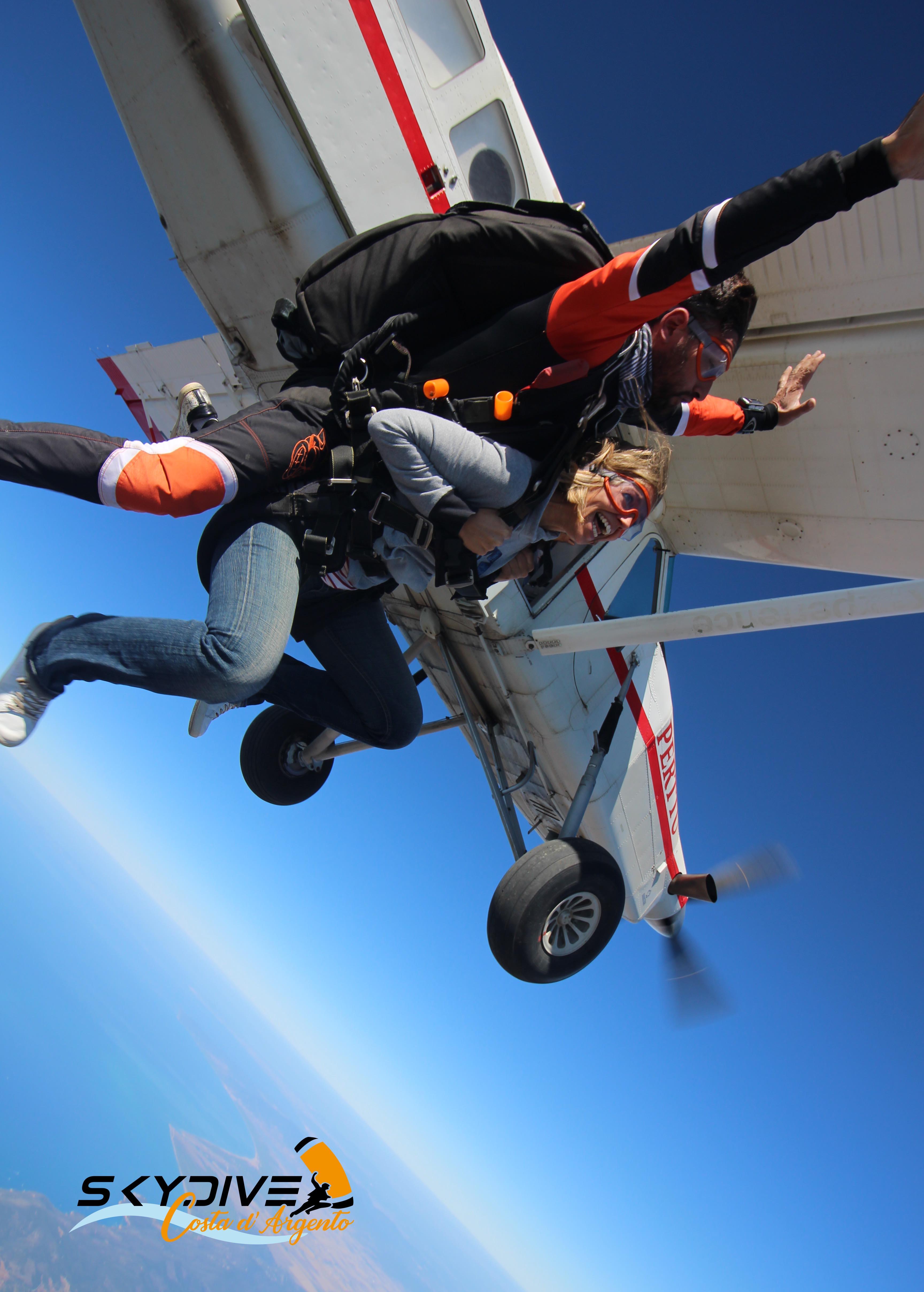Skydive Costa d'Agento 2